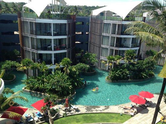 Le Meridien Bali Jimbaran: Rooms and pool