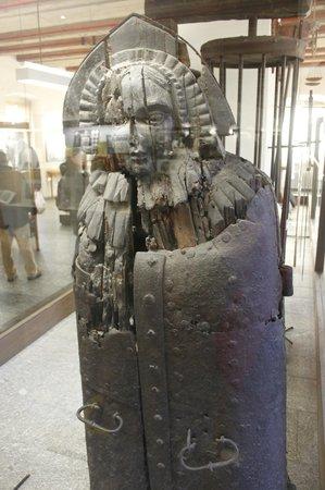 Medieval Crime Museum (Mittelalterliches Kriminalmuseum): Iron Maiden