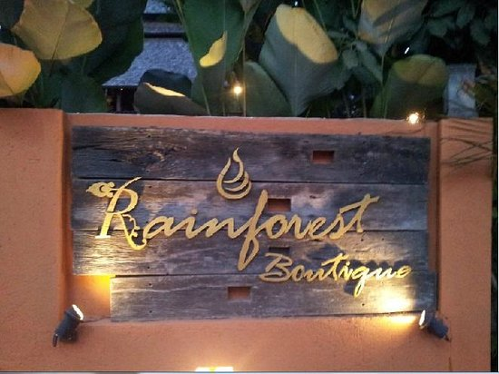 Rainforest Boutique: Entrance