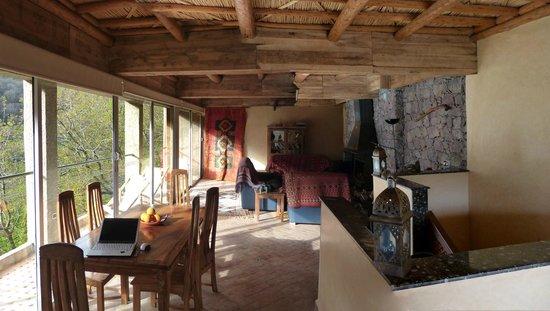 Kasbah Du Toubkal : Wohnzimmer der Ifri-Suite