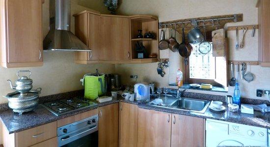 Kasbah Du Toubkal : Küche der Ifri-Suite