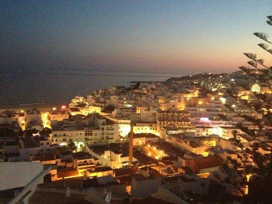 Cerro Branco Apartments : Beautiful Views at night
