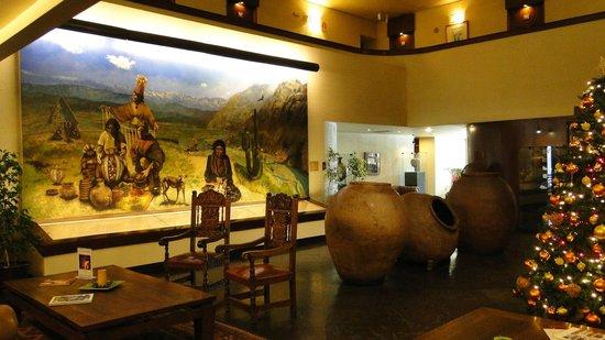 Hotel Galerias: Холл на 6 этаже