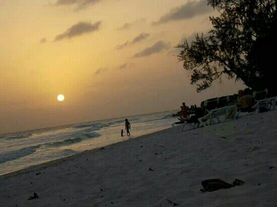 Accra Beach: sunset