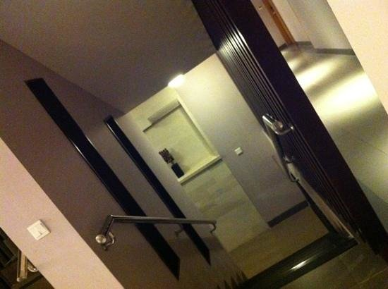 Bintang Kuta Hotel: can takethe stairs from ground floor if you dont like waiting for the lift or want exercise