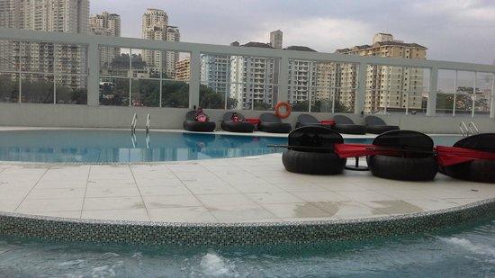 Pullman Kuala Lumpur Bangsar : Pool