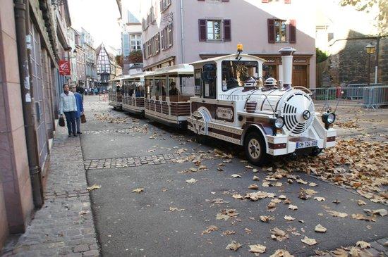Le Petit Train Blanc