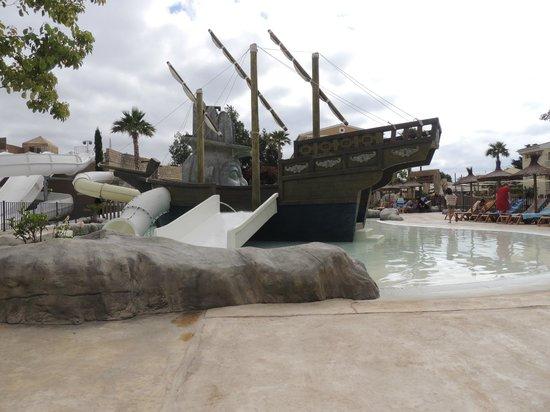 Insotel Cala Mandia Resort: Statek