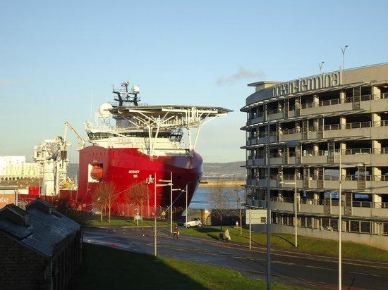 Holiday Inn Express Edinburgh - Waterfront : View