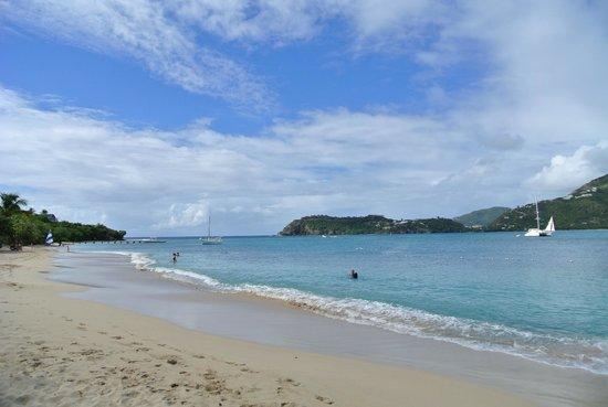 Pigeon Beach: clean water