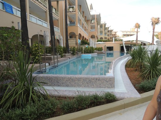 Insotel Cala Mandia Resort & Spa: Pokoje z własnym basenem