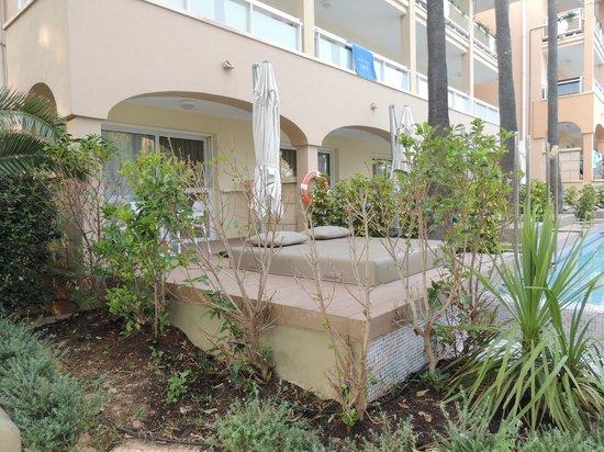 Insotel Cala Mandia Resort & Spa: Pokój z dostępem do basenu