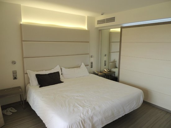 Insotel Cala Mandia Resort & Spa: Pokój