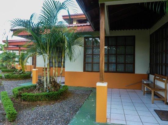 Hotel Jardines Arenal : Exterior de habitaciones