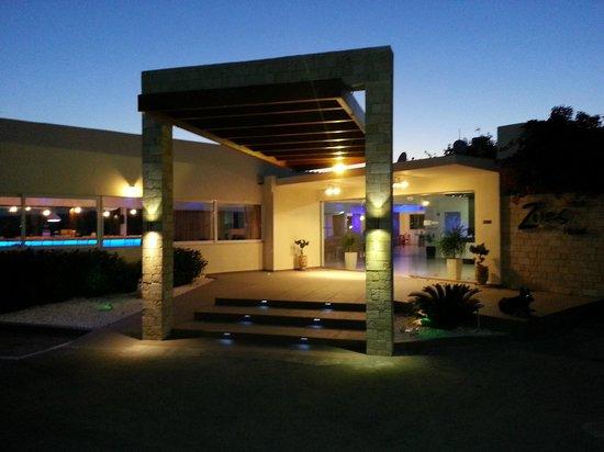 Photo of Zoes Hotel Faliraki