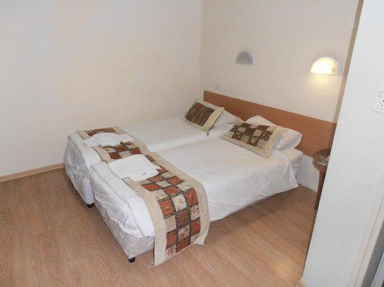 Hotel Eden: Спальные места