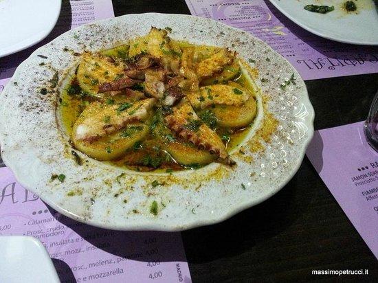 El Rincon de Goya Madrid Capital: Pulpo a la gallega - pezzi di polpo su patata lessa, aromi
