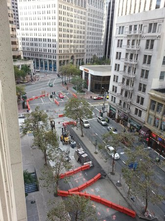 Hyatt Regency San Francisco: Travaux à exterieur...