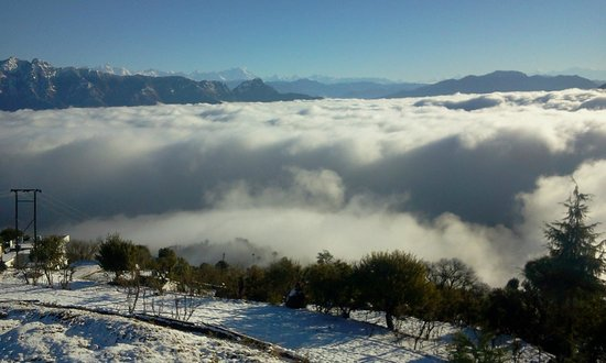 Himalayan Eco Lodge, Sursingdhar: View from the hotel