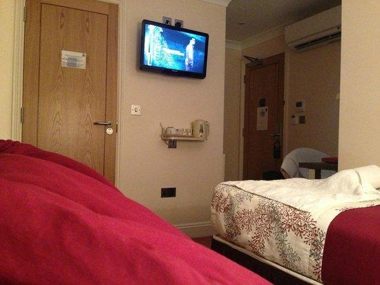 Comfort Inn London - Victoria: Twin room