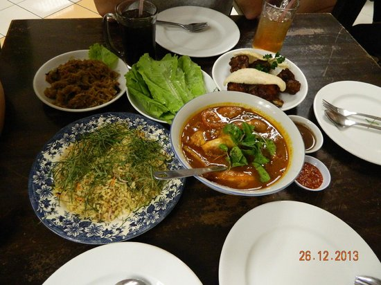 Red Rock Hotel: Nyonya food near Red Rock