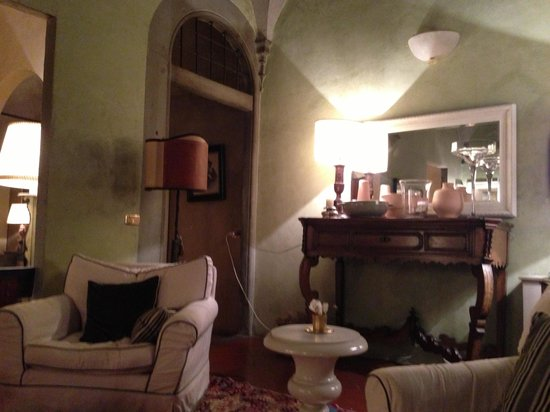 J & J Historic House Hotel: Nice