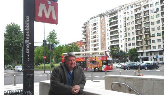 Hotel Bolzano: Metro de Milano