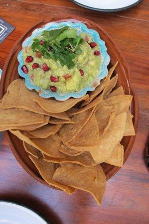 Joe Jack's Fish Shack: guacamole