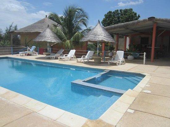 Ndangane, السنغال: Piscine réservée à la clientèles des chambres d'hôtes