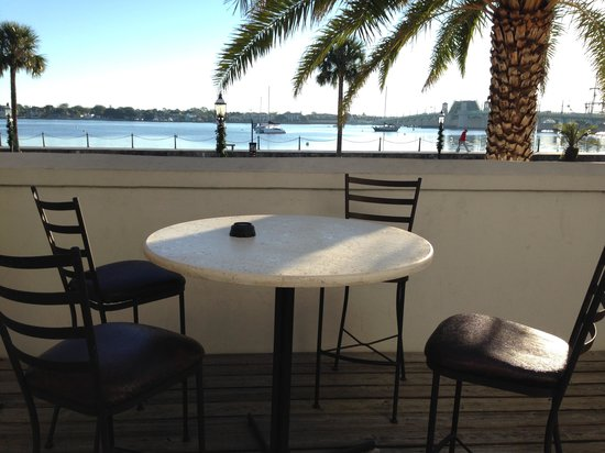 Hilton St. Augustine Historic Bayfront: Patio Room 109