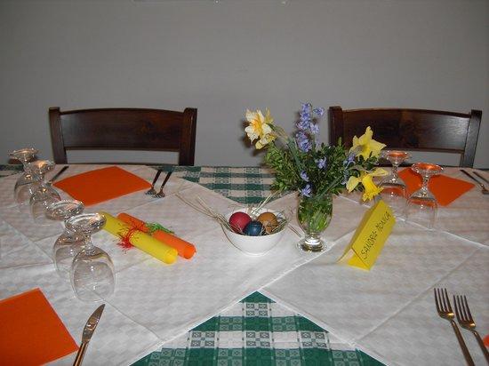 Daur de Lune: tavolo preparato per Pasqua