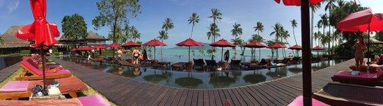The Vijitt Resort Phuket: Vue de la piscine