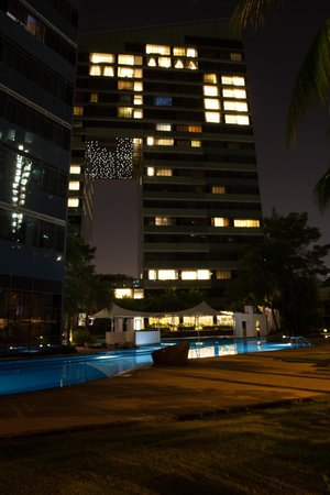 Orchard Scotts Residences by Far East Hospitality: Pool
