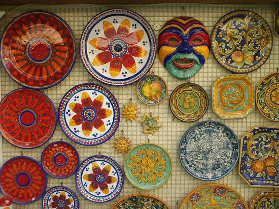 Cattedrale di Taormina : Local Ceramics