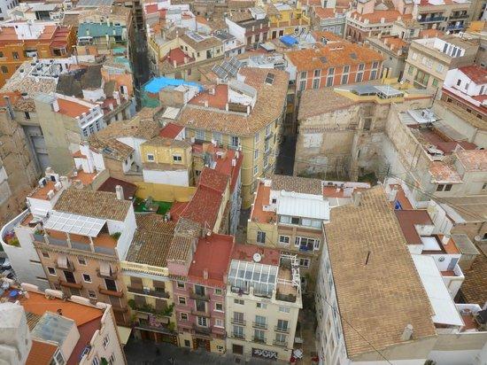 Barrio del Carmen : il barrio dal campanile