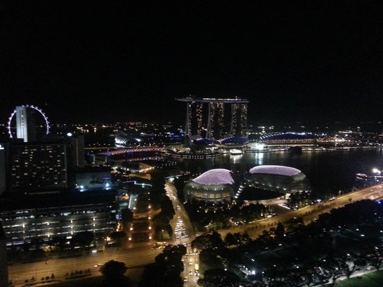 Swissotel The Stamford Singapore : What a view of Singapore city from my room