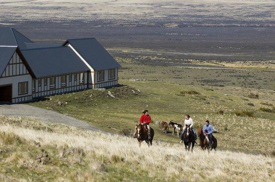 EOLO - Patagonia's Spirit: Horse back riding at Eolo