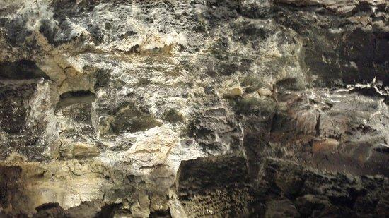 Cueva de los Verdes: Cave