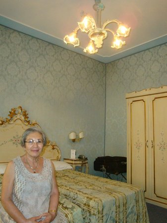 Hotel Carlton on the Grand Canal: my lovely mom