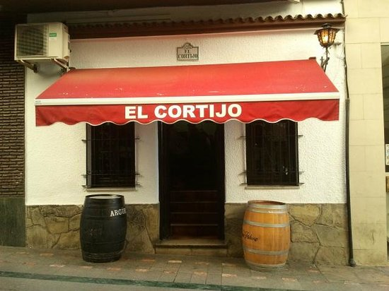 Meson El Cortijo: Fachada