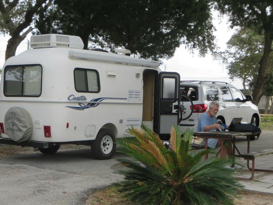 St. Augustine Beach KOA: Loved our campsite on the end
