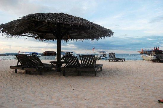 Mabul Beach Resort Review
