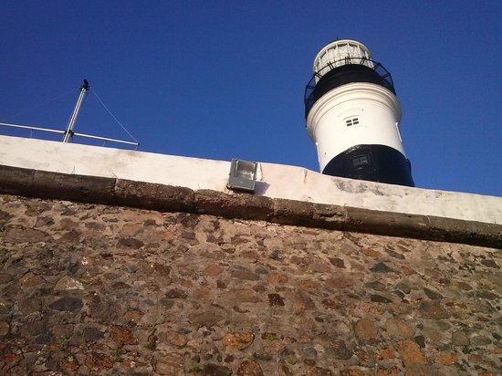 Praia do Porto da Barra: frente do farol