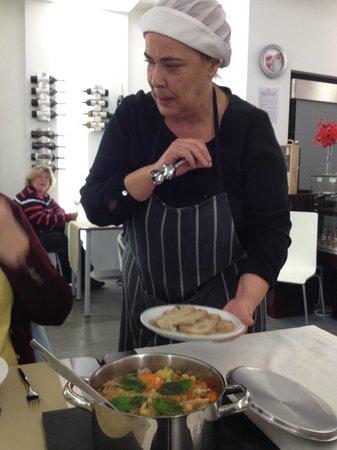 Taberna O Chaparro : Carmen la cuisinière