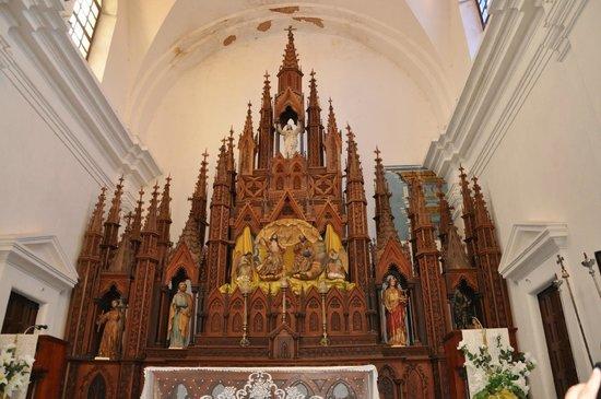 Iglesia Parroquial Mayor del Espiritu Santo : трехсотлетний алтарь