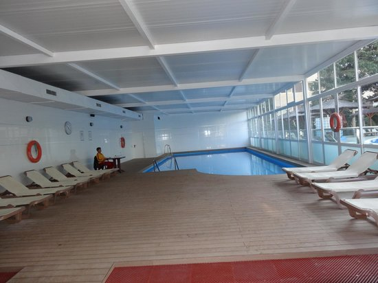 Sol Principe: indoor pool