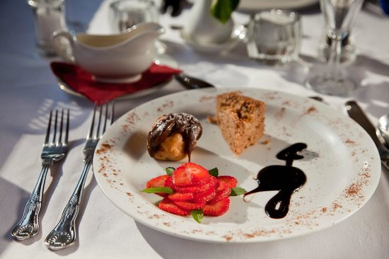 Canal Boat Cruises of Riley Green: Dessert