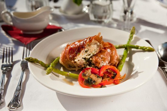 Canal Boat Cruises of Riley Green: Lunch or dinner