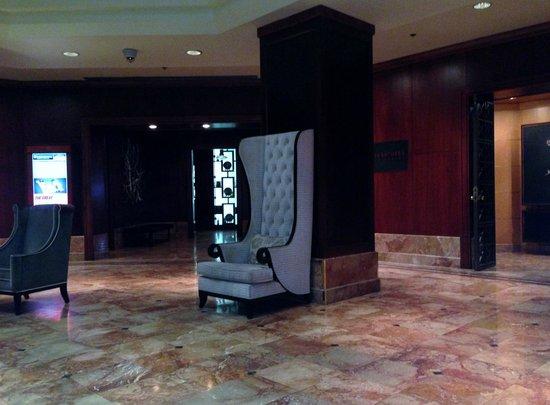 InterContinental Toronto Yorkville : Lobby