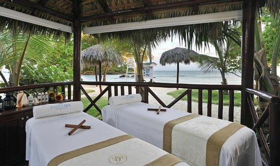 Luxury Bahia Principe Cayo Levantado Don Pablo Collection : Spa services at beach